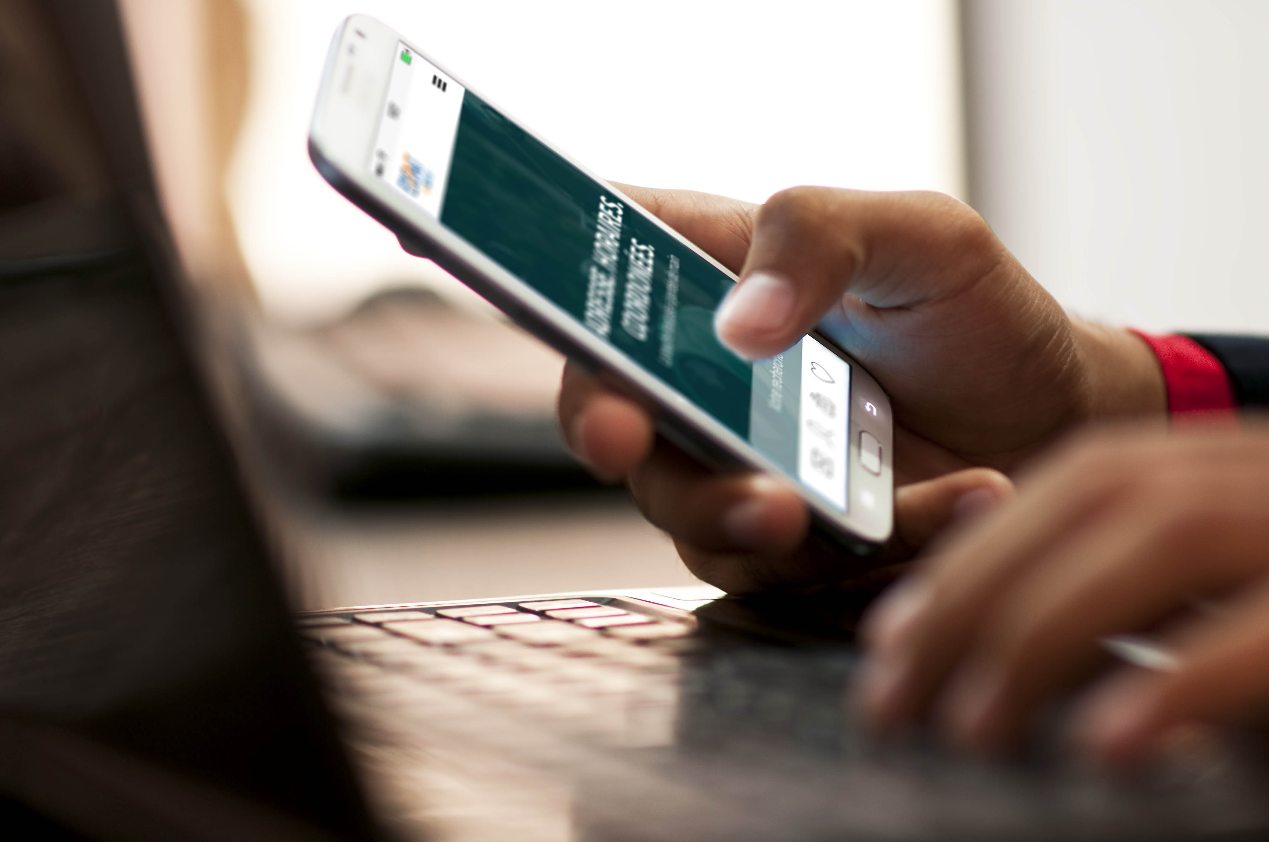 Smartphone - Expat by INOV